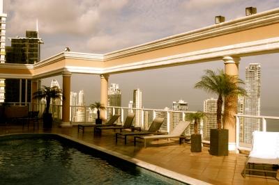 panama_top-roof_piscina